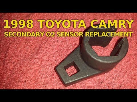 1998 Toyota Camry Secondary O2 Sensor Replacement