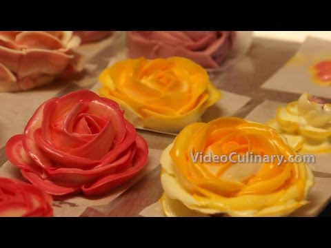 How to Pipe Buttercream Roses - Cake Decorating Technique