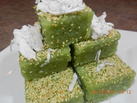 Sticky Rice in Pandan Juice Dessert Recipe (Triep Slek Toigh)