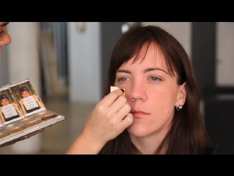 Reducing Redness on the Face Around the Eyes & Nose : Blush & Other Makeup Tips