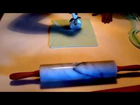 How to make fondant drapes! Share & Enjoy! Arrivederci! Lilla