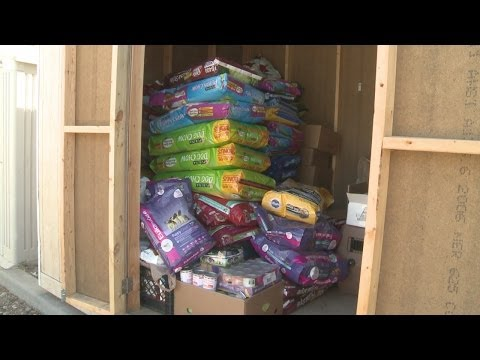 Animal shelter receives food donations after theft
