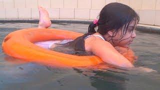 #x202b;طلعنا نتسبح في المسبح الحار ♨#x202c;lrm;
