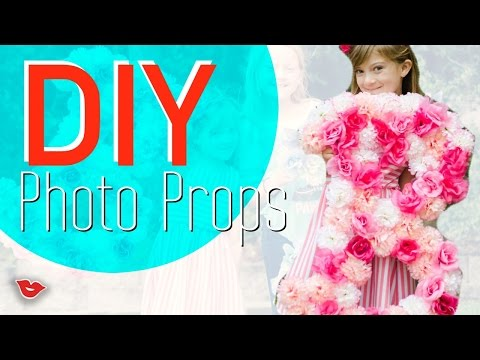 DIY Giant Photo Props! | Tay from Millennial Moms