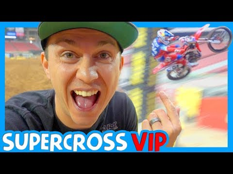 🏁 MONSTER ENERGY SUPERCROSS 2018 VIP with Clintus TV 🏍