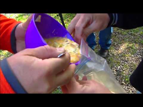 How To Make: Omelet In a Bag