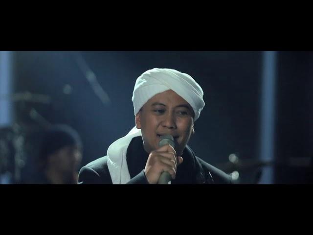 Download Opick - Tiada Duka Yang Abadi   Official Music Video [Live Acoustic] MP3 Gratis