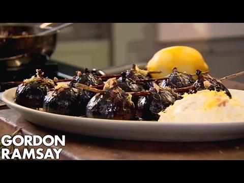 Caramelised Figs with Balsamic Vinegar, Rosemary and Ricotta - Gordon Ramsay