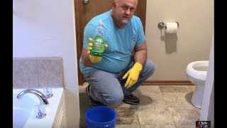 How To Unclog A Toilet Using Hot Water Dish Soap Diysave Before Calli