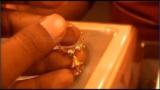 নিয়মিত ব্যবহারের জন্য স্বর্ণের হালকা ওজনের কানের দুল কালেকশন ও দাম।। Gold Earring Collection.
