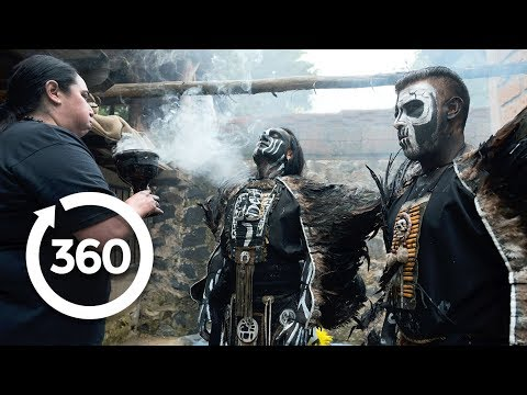Breathe the Shaman's Fire | Mexico City, Mexico 360 VR Video | Discovery TRVLR