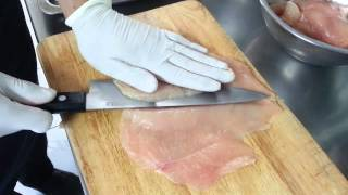 COOL IN THE KITCHEN : HOW TO SLICE CHICKEN BREAST