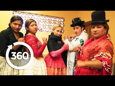 Fight Back with the Cholitas | La Paz, Bolivia 360 VR Video | Discovery TRVLR