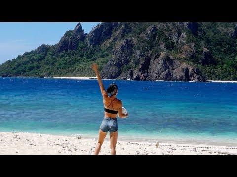 I GOT RESCUED OFF AN ISLAND IN FIJI | Sorelle Amore