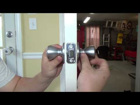TUTORIAL - How To Change A Door Knob Home Repair