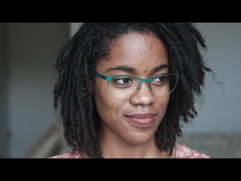 Pruning   Cutting Frizzy Hairs off Locs