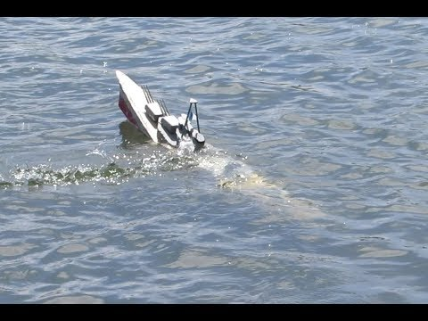 What Is Fast Gun RC Warship Combat?