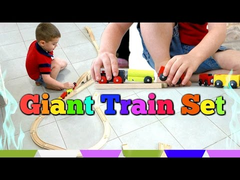 TRAINS FOR KIDS - BUILD A TRAIN TRACK Giant Train Track and Train Set Toy