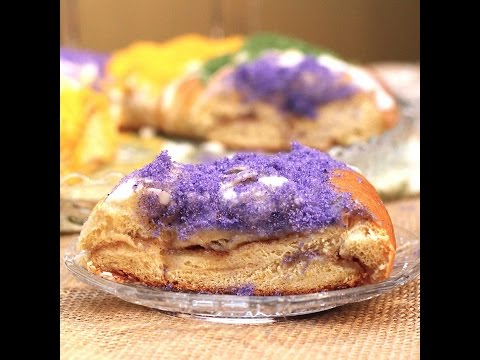 Traditional Mardi Gras King Cake   ZagLeft