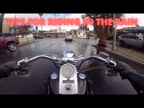 Riding a motorcycle in the Rain (Hollywood)