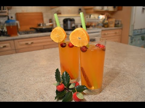 How to Make Holiday Spiced Clementine Iced Tea: Cooking with Kimberly