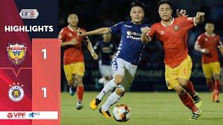Highlights | Hồng Lĩnh Hà Tĩnh - Hà Nội FC | Hy hữu vỡ sân và siêu phẩm không ngờ | VPF Media