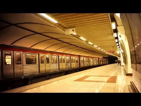 Piraeus to Athens by train