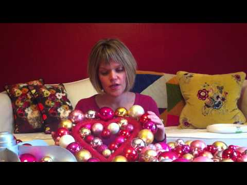 How to make an ornament wreath for Valentine's day