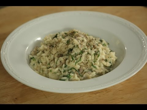 Spinach and Mushroom Risotto | Sanjeev Kapoor Khazaza