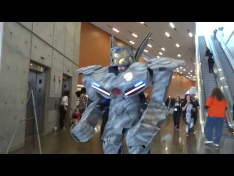 Pacific Rim Jaeger by Scotty Bleck Zod at the Con