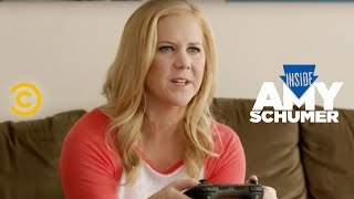 Inside Amy Schumer - A Very Realistic Military Game