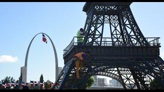 La Torre Eiffel (Dominicana) El Show de Raymond y Miguel