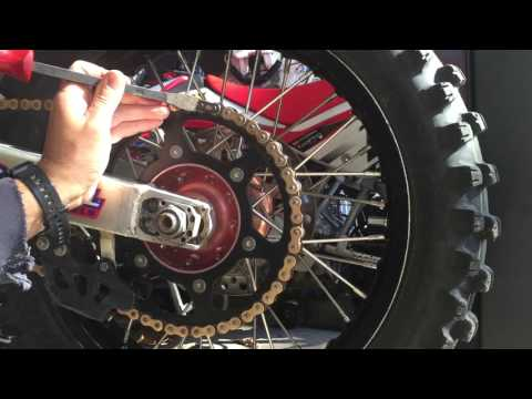 How to remove and install a dirtbike CHAIN MASTERLINK in the correct direction