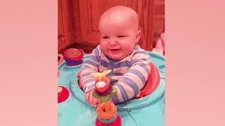 Babyreaktionen auf Elektrogeräte - Lustige Babyvideos