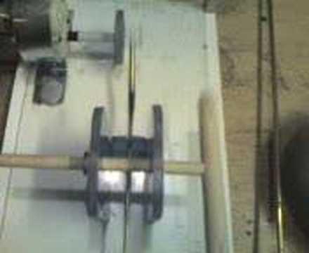 Mechanism for Dancing Mechanical Puppets