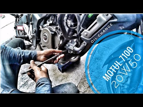 DIY   How to change Engine Oil & Oil Filter Of Pulsar 200AS/NS
