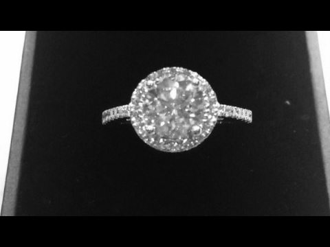 TOURIST FROM MELBOURNE, AUSTRALIA WANTS TO BUY DIAMOND ENGAGEMENT RING IN HONG KONG