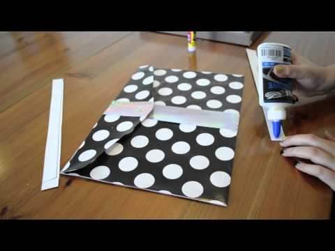 DIY! Super easy way to create your clutch bag!