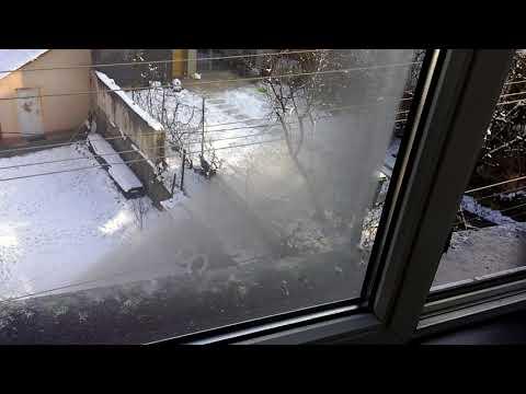 Condensation between Insulated Window Panes