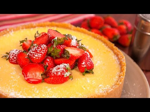 How to make an easy classic Baked Lemon Cheesecake in a blender