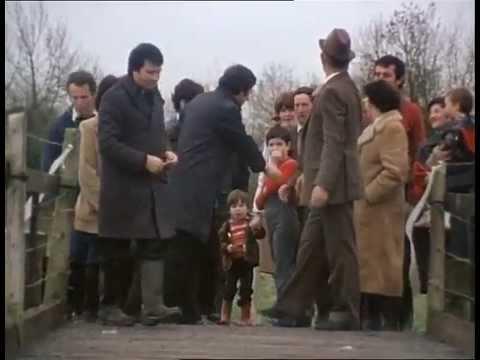 Ned Cloghers Bridge on RTE News (1981) HD