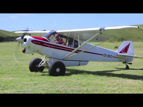 Lesley Flying in Piper Super Cub