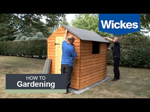 How to Felt a Shed Roof with Wickes