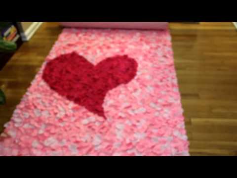heart 3-D Rose Petal Aisle Runner