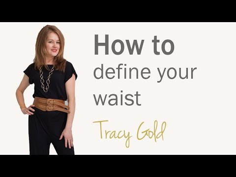 Secrets to slim dressing for over 40's - how to make your waist look smaller for women over 40