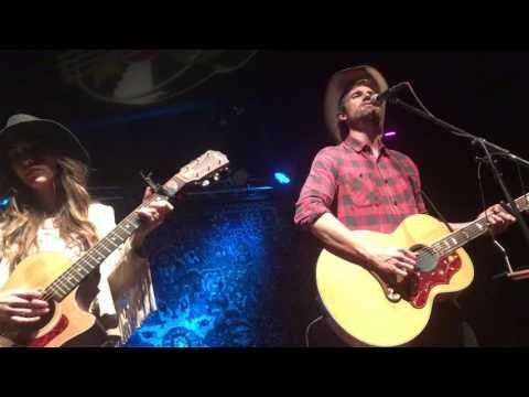 Hallelujah - Kate Voegele & Tyler Hilton @ Sam's Burger Joint
