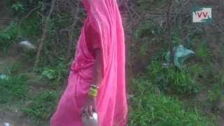 Toilet Needed in Bharach, Madhya Pradesh - Video Volunteer Lakhhu Prasad Reports