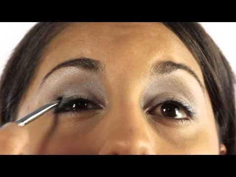 How to Apply Party Makeup