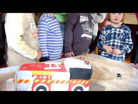 Flashing Fire Engine Cake - Fire Fighter Figurine