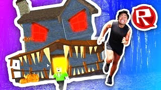 ESCAPING THE HAUNTED HOUSE! | Roblox
